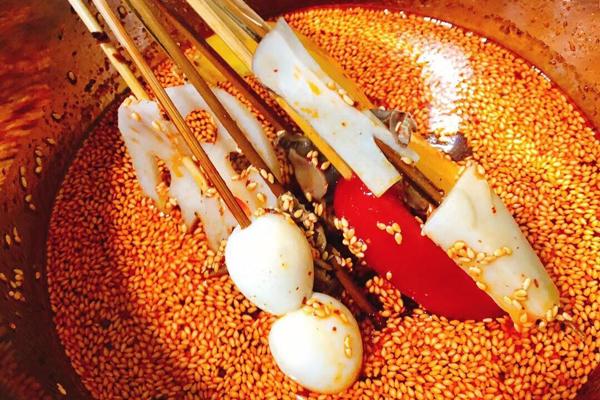 八旺串串火锅加盟店优势是什么