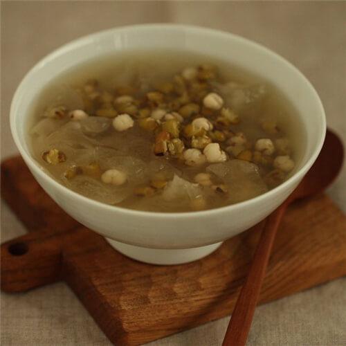 绿豆薏米糖水