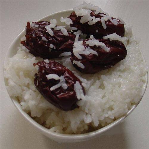 杂米大枣米饭