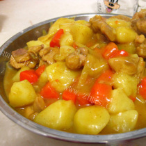 咖喱紫土豆鸡块