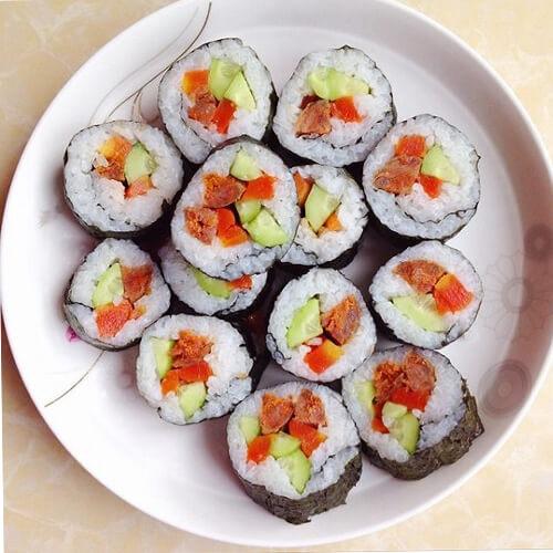 酸黄瓜寿司