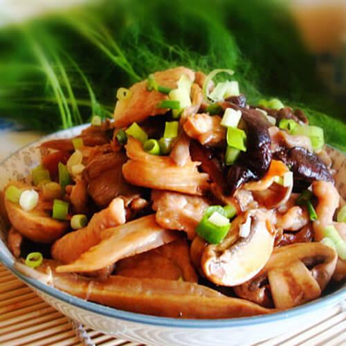 肉片炒杂菇