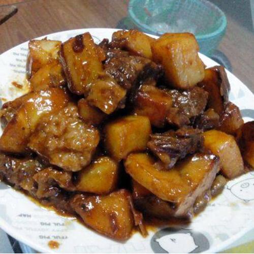 酱香牛肉土豆