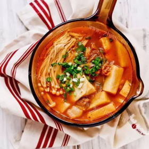 辣白菜土豆汤