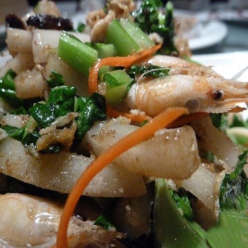 时蔬鲜虾炒年糕