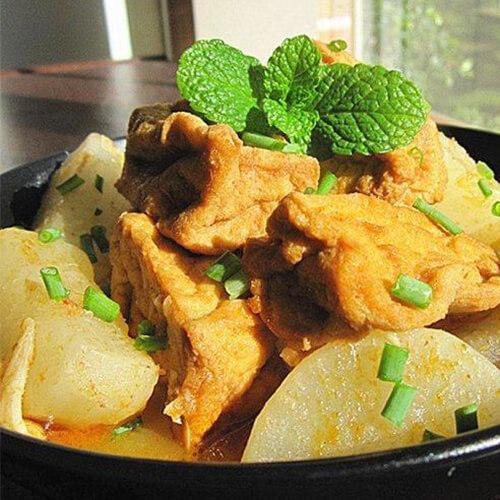 油豆腐萝卜牛肉汤