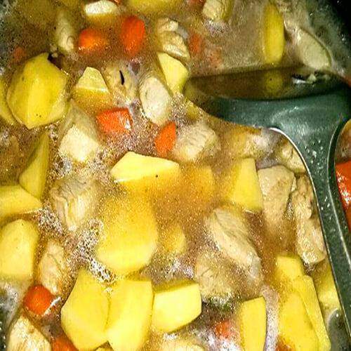香浓土豆炖鸡汤