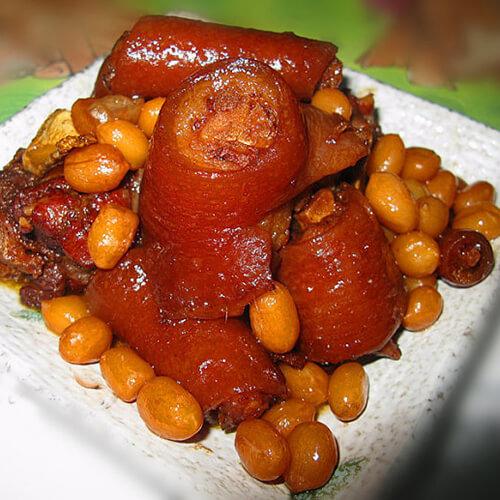 粤式花生焖猪尾
