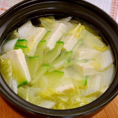 豆腐萝卜大骨汤