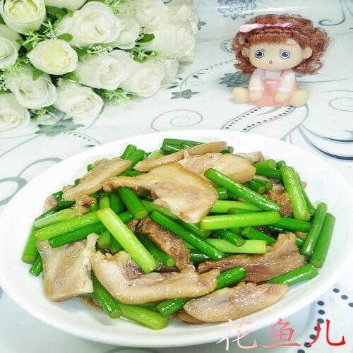 蒜苗炒猪头肉
