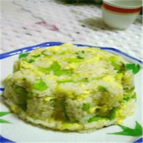 黄花菜蛋炒饭