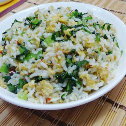 油麦菜炒饭