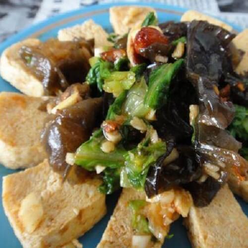 木耳生菜拌豆腐