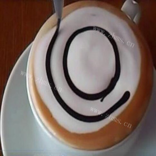 咖啡拉花出神奇的造型