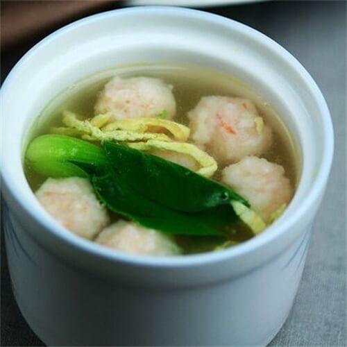 蔬菜虾丸汤