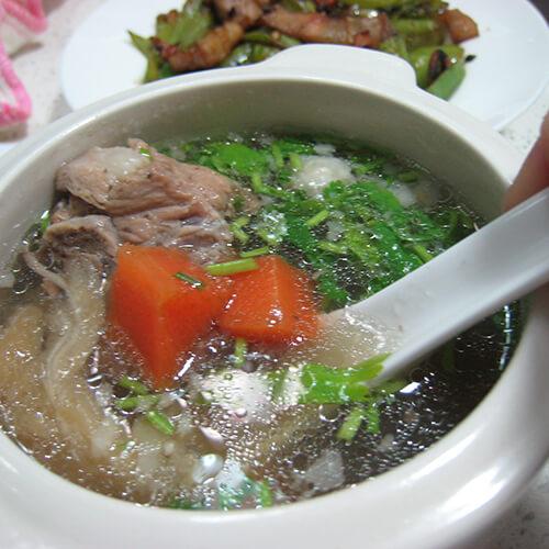 鱼翅猪骨汤
