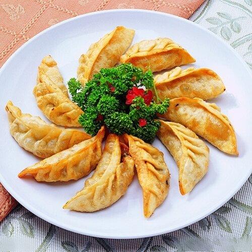 煎玉米猪肉饺子