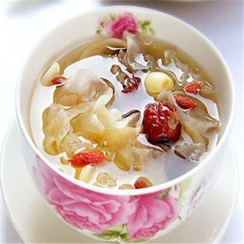 酸甜花果炖银耳