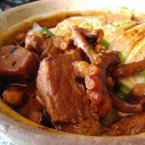 鱿鱼猪肉豆腐煲