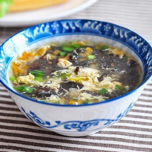 白菜紫菜鸡蛋汤
