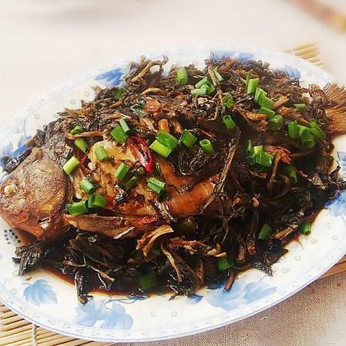 野菜干炖鲫鱼