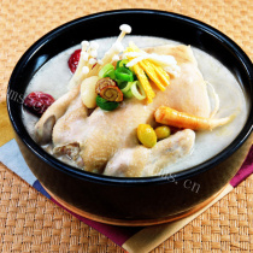党参红枣炖鸡汤