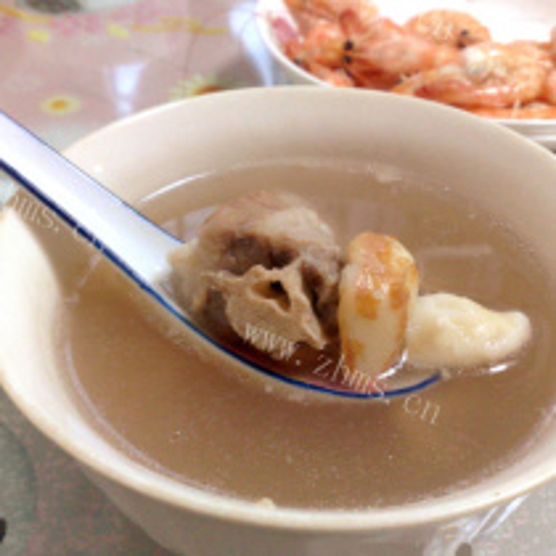 菱角猪尾汤