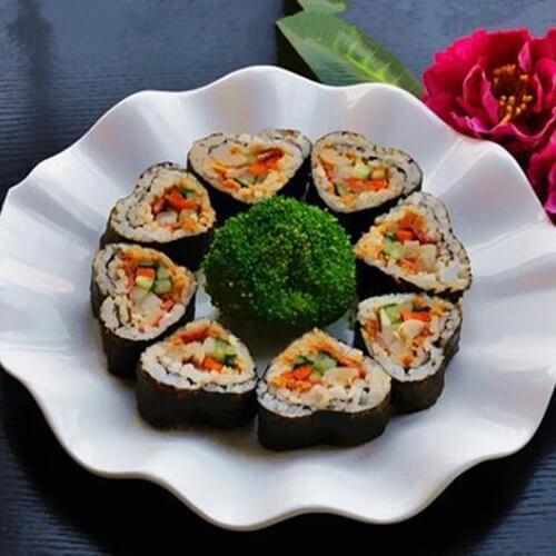肉松鱿鱼三角寿司