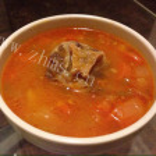 牛骨番茄马铃薯汤