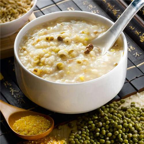 南瓜绿豆高粱米粥