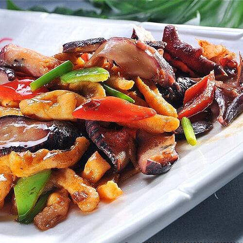 香菇炒牛杂
