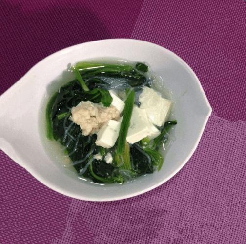 虾丸菠菜豆腐粉丝汤