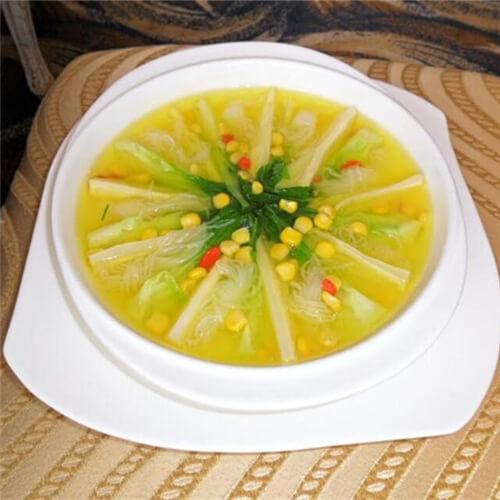 自制西芹蟹黄玉米粥