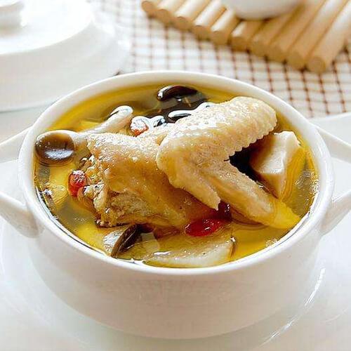 母鸡山药菌菇汤