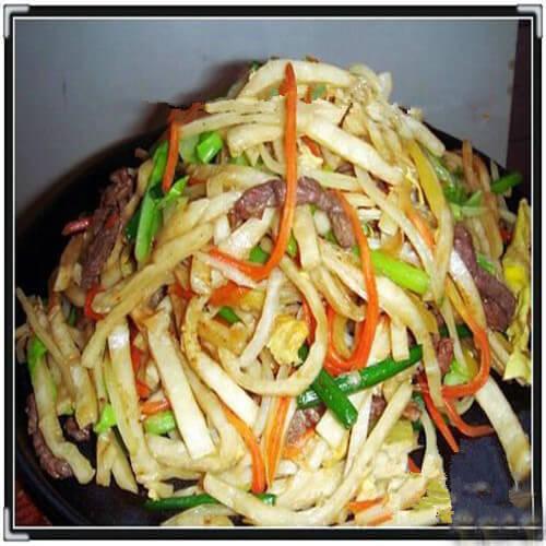 土豆丝莴笋丝炒饼