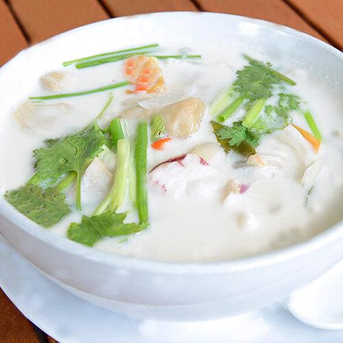 蔬菜牛奶浓汤