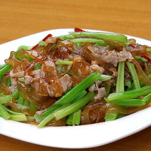 水芹菜炒手撕腊羊肉