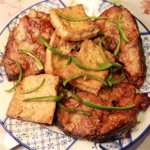 鲅鱼烧豆腐结