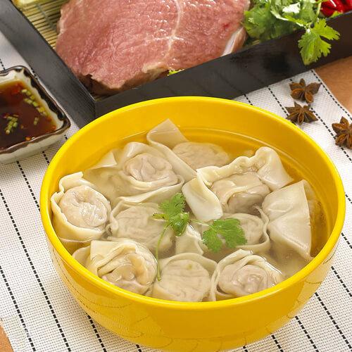 鲈鱼雪菜笋丝馄饨汤