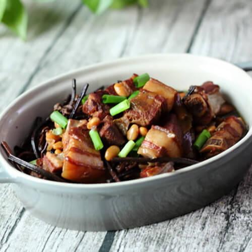 干蕨菜炖肉皮