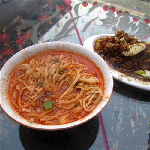 韩城羊肉臊子饸饹