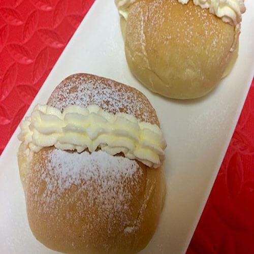 淡奶油夹心面包