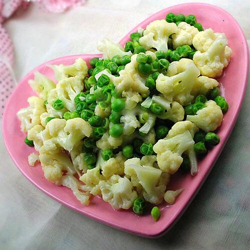 豌豆烧菜花