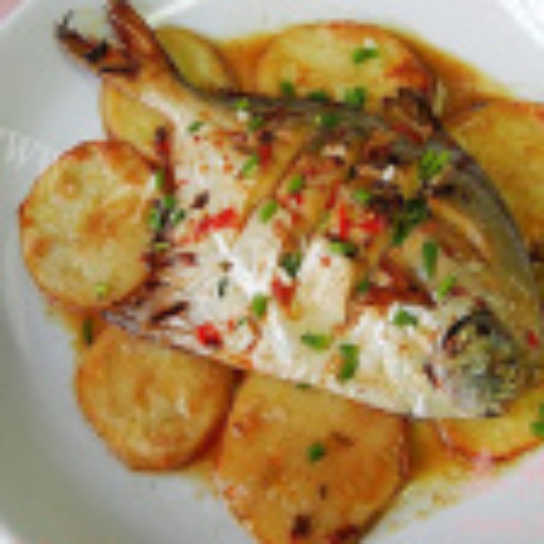 鲳鱼炖土豆