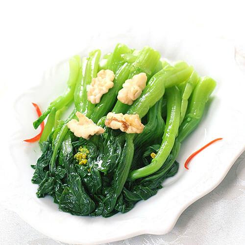 生菜炒桃仁