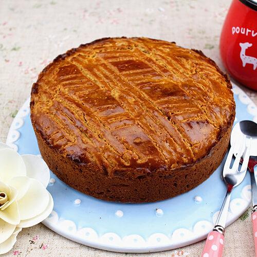 红糖果干苹果蛋糕