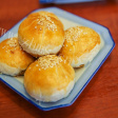梅干菜酥皮月饼