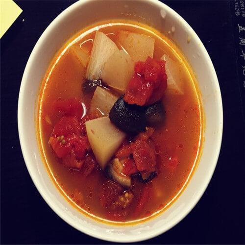 猪肝番茄豆腐汤
