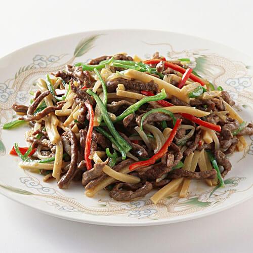 青红椒肉丁炒榨菜