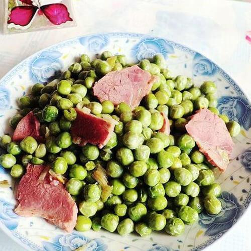 酱肉炒豌豆